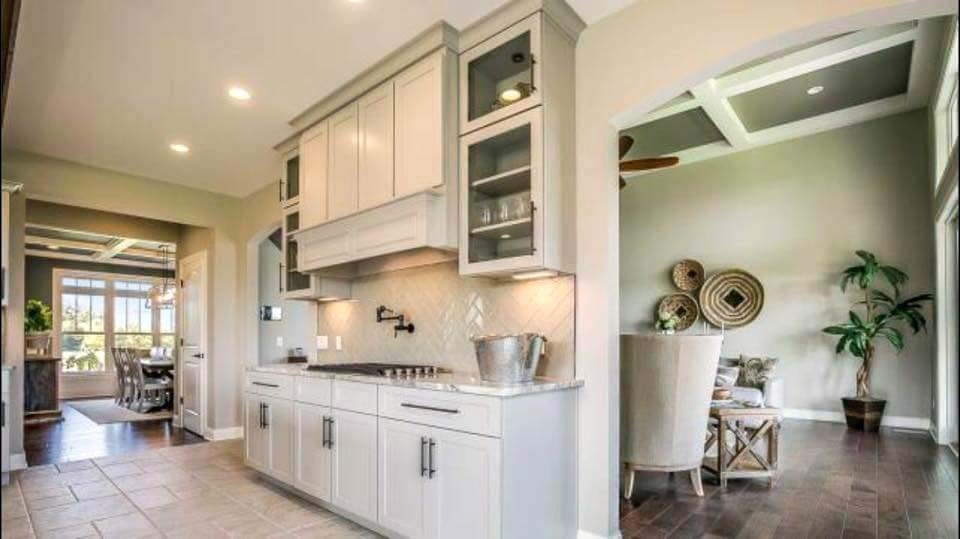 Simple and Clean_Cabinet Impressions_Zach Meeker_Dakota_Pewter_Island White_1_190606EDIT.jpg